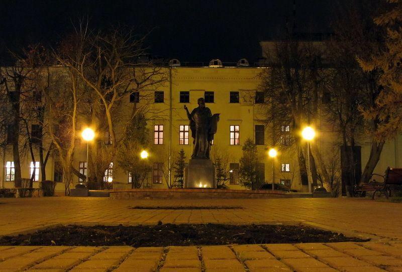 monument-turovskiy-nov-2012-foto-agiss2