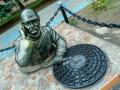 Скульптура «Водопроводчик» в Гомеле, фото Иван Кузменков