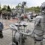 Необычная скульптурная композиция отрыта в Советском районе Гомеля