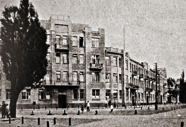 Дом по ул. Пушкина по проекту С. Шабуневского. 1927 г. Фото 1930-х.v