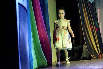 Юные леди на подиуме: в Гомеле прошел показ детской моды