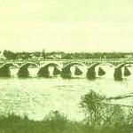 Деревянный мост через реку Сож. Построен в 1818-м году.