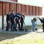 Активисты БРСМ благоустраивают социально значимые объекты