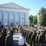 На площади Победы состоялся выпуск офицеров БелГУТа