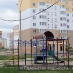 Над детской площадкой провода больше не свисают