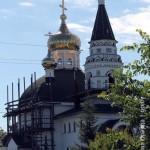 ot-cerkvi-na-kolesax-k-novomu10