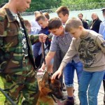 Воспитанники детского дома побывали в питомнике служебных собак