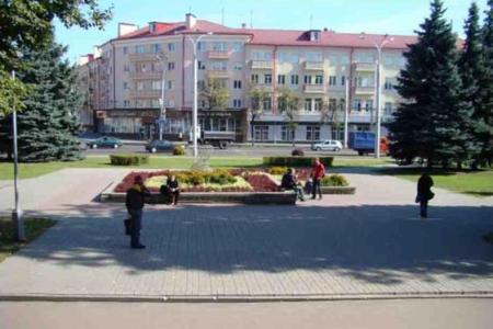 На сквер в центре Гомеля 3 года нет денег