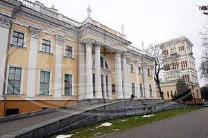 Коллектив Гомельского дворцово-паркового ансамбля удостоен специальной премии Президента