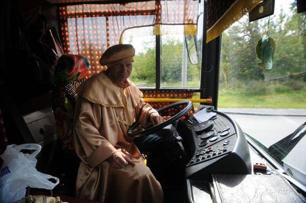 Автобус № 17, с не совсем обычным водителем – Франциском Скориной