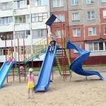 Новые игровой и спортивный комплексы установлены на улице Фадеева