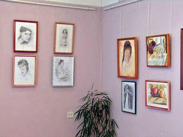 Выставка «Радость созидания» открылась в музее истории Гомеля