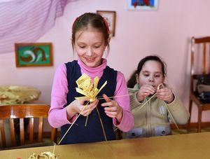 Увлечь ребёнка работой в кружке может лишь неравнодушный взрослый
