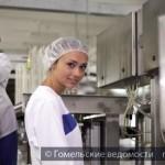 Студотряды Гомеля трудятся на фабрике мороженого