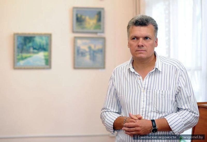 """В Гомеле открылась выставка """"Тихие уголки нашего города"""""""