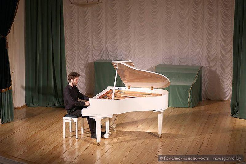 В Гомеле прошёл концерт фортепианной музыки