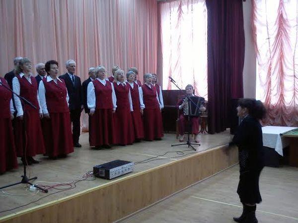 Выступление хорового коллектива «Виктория»