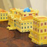 Гомельский дворец презентовали в шоколадной миниатюре