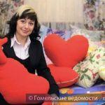 В Гомеле изготавливают подушки-валентинки