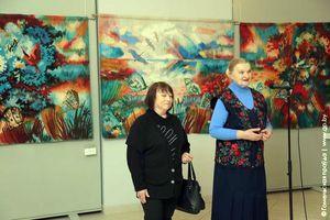 Гобелены Ларисы Густовой выставлены в галерее Г. Х. Ващенко