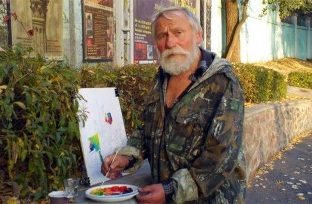 Бездомному художнику из Гомеля негде посмотреть фильм о себе
