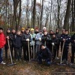 Гомельские студенты приняли участие в уборке парка