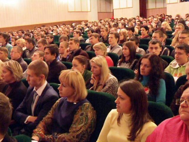 Встречи с молодыми специалистами провели во всех районах Гомеля