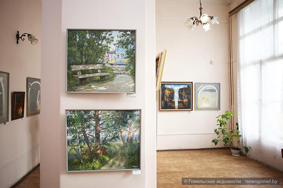 Выставка картин Ивана Фирцака в Гомеле