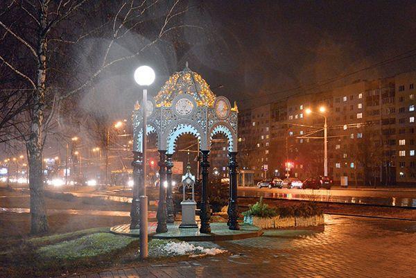 Сегодня в Советском районе включится новогодняя иллюминация