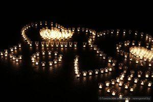 """Гомельчане зажгли из свеч """"сердце"""""""