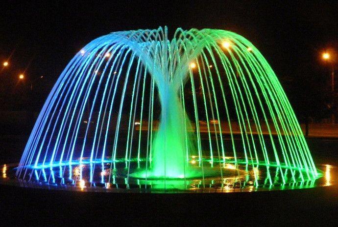 fontan-v-pionerskom-skvere6