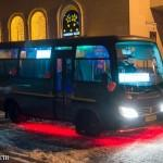 Ночной автобус: так весело, что тусовщики не хотят выходить возле своего дома