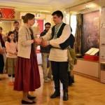 В Гомеле молодежь учат танцевать «Лявониху» и «Крыжачок»