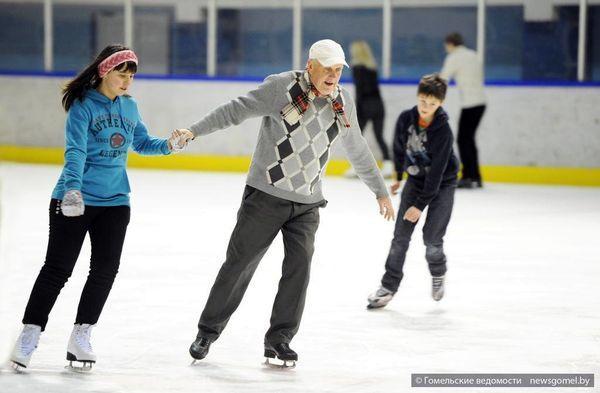 75-летний гомельчанин - самый частый посетитель Ледового дворца