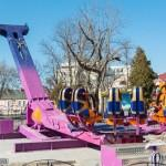 В парке Гомеля завершается монтаж нового аттракциона