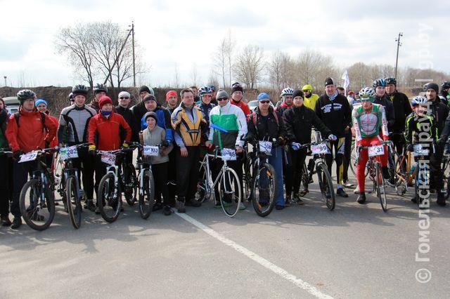 В велопробеге под Гомелем приняли участие более 80 белорусов и россиян