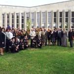 Аллею мира и единения заложили на территории средней школы №27