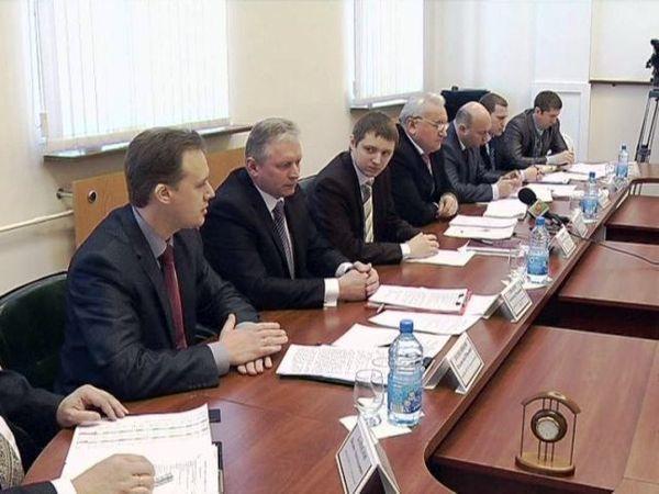 За «круглым столом» специалисты ЖКХ встретились с журналистами