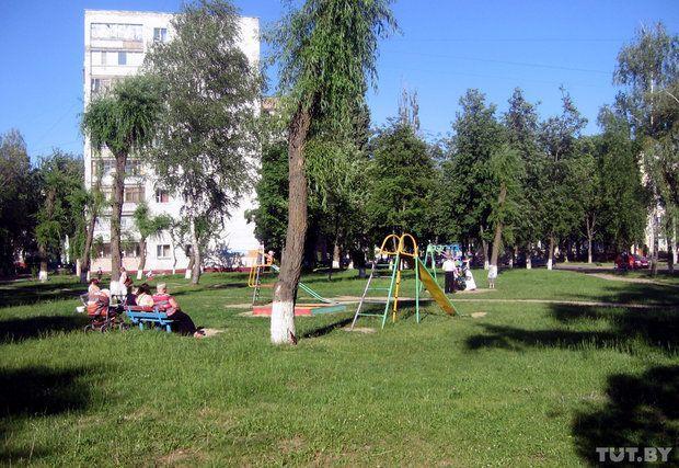 Гомельчане выступили против строительства многоэтажек на месте детских площадок