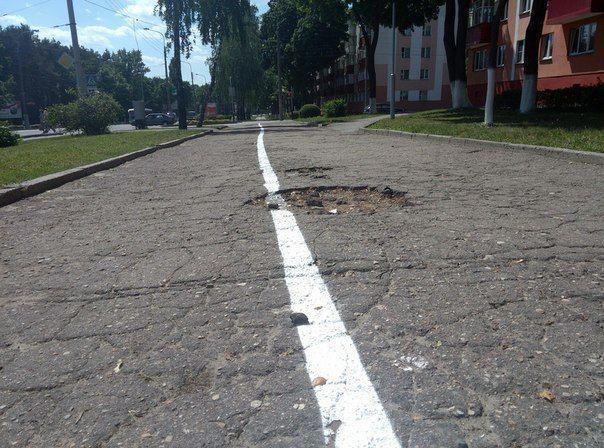 Велодорожки по разбитым тротуарам