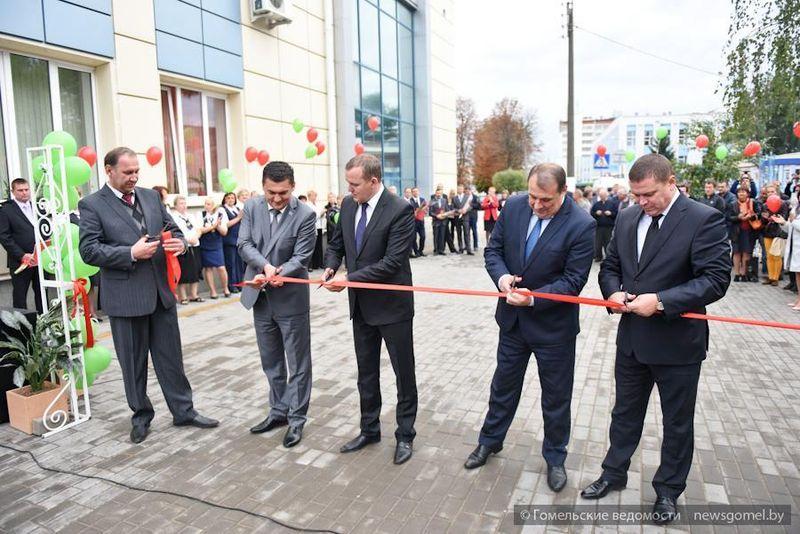 Торжественное открытие реконструированного автовокзала в Гомеле