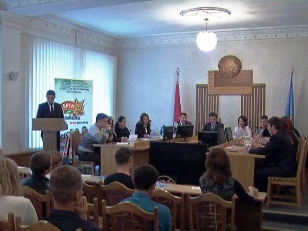 В Новобелицком районе состоялись молодежные дебаты об интернете