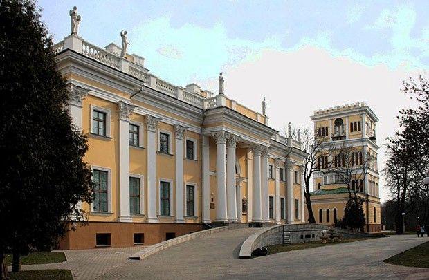 На реконструкцию объектов Гомельского дворцово-паркового ансамбля в этом году направлено более 50 млрд рублей