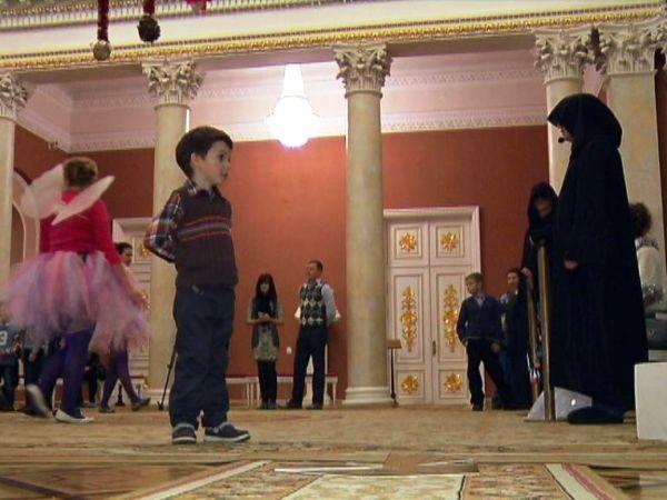 Во дворце Румянцевых-Паскевичей прошла благотворительная акция