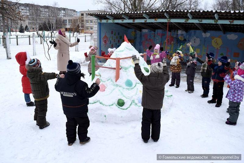 """В Гомеле прошла акция """"Снежные забавы"""""""