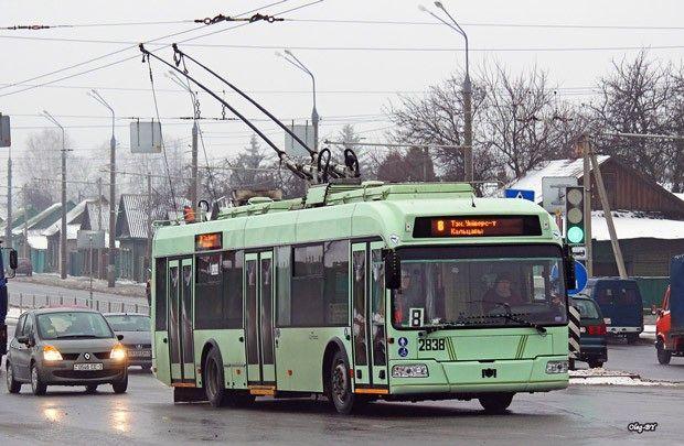 Поездка в троллейбусе должна стоить 6500 рублей, в автобусе – 5000