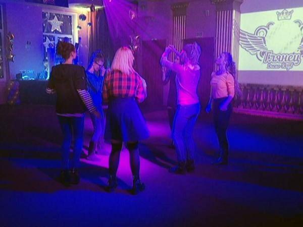 Взрослым вход воспрещён: открыт клуб для подростков