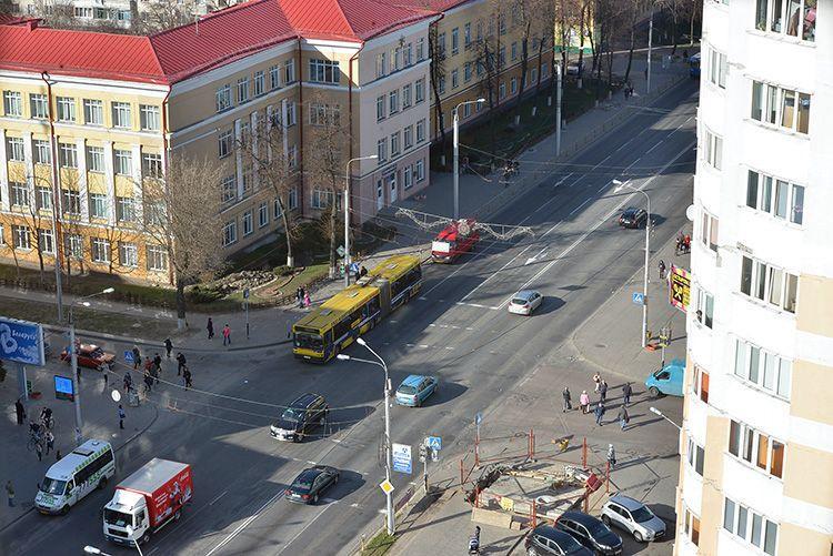 Гомельские власти изучают экономическую целесообразность реконструкции двух центральных улиц