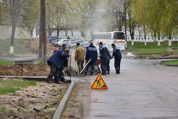 Улица Братьев Лизюковых благоустраивается на паритетных началах