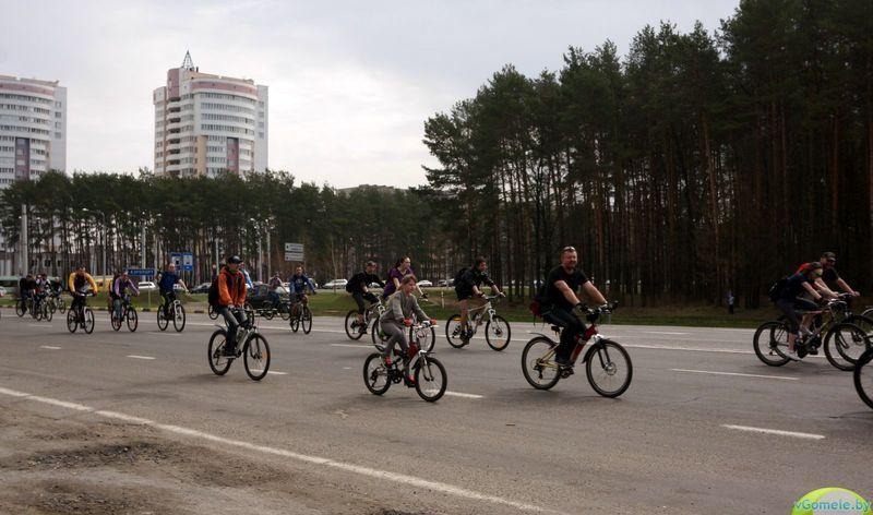 В Гомеле велосезон открыли тридцатикилометровым пробегом